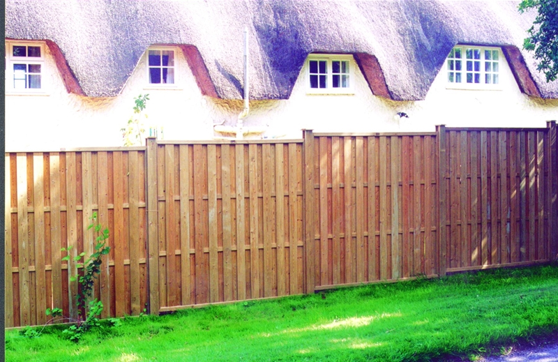 'Hit and Miss' Vertical Fence Panels